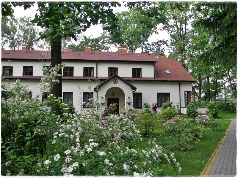 Dom Rekolekcyjny w Laskach